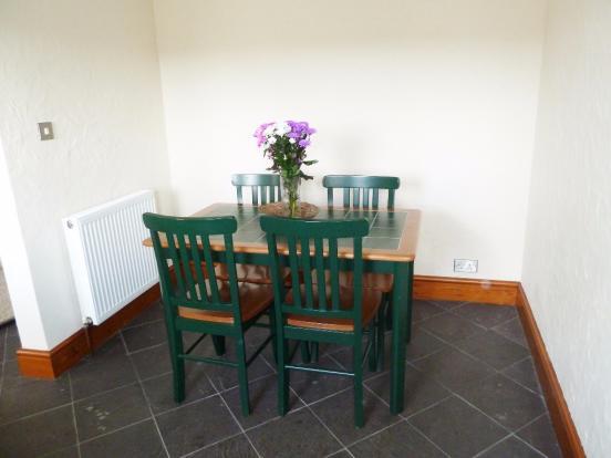 Annexe Dining area