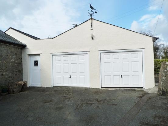 Twin Garage