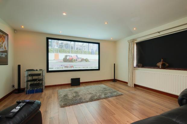 Dining Room / Cinema