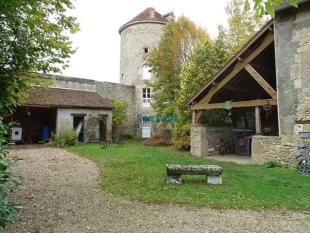 3 bedroom house for sale in Centre, Loiret...