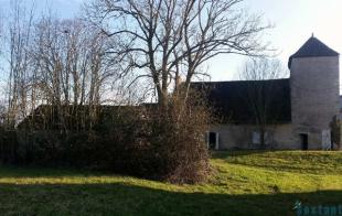 9 bed house in Auvergne, Allier...