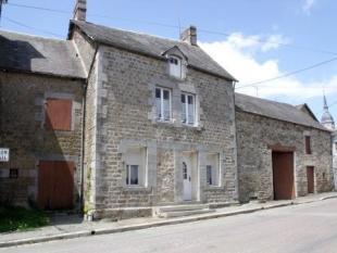 2 bedroom property for sale in Pays de la Loire...