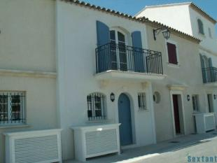 2 bedroom home for sale in Languedoc-Roussillon...