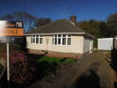2 bedroom Detached Bungalow in Manor Close, Rushington...