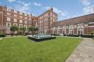 Flat to rent in Duchess Of Bedford Walk...