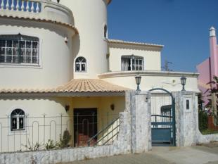 property for sale in Vilamoura, Algarve...