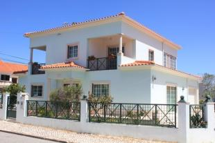 4 bed house in Caldas Da Rainha...
