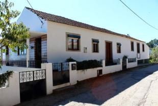 4 bed house for sale in Alvaiazere...