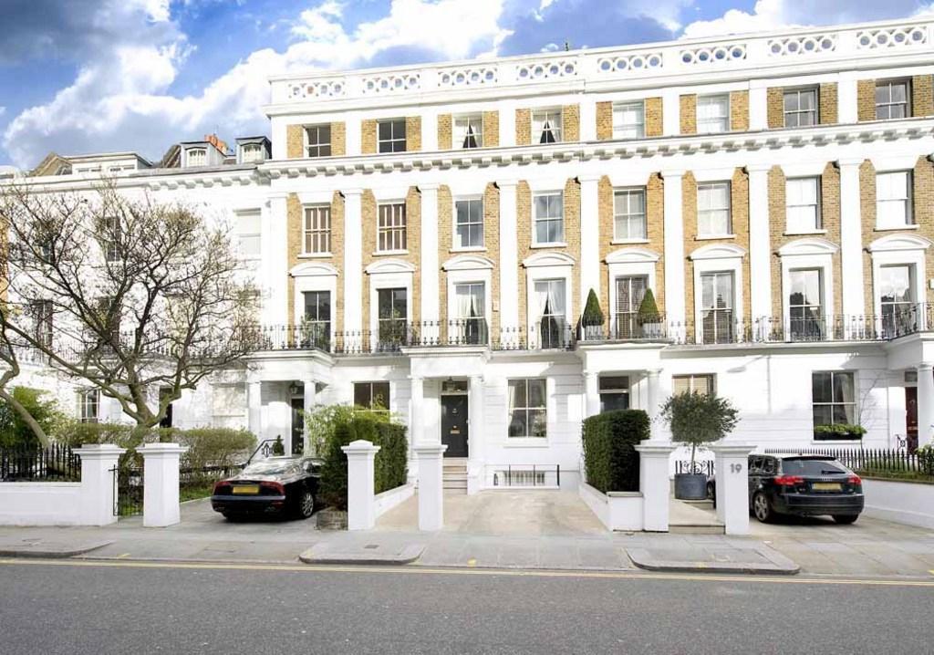 5 bedroom terraced house for sale in drayton gardens for The kensington house