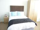 **bills included** Heaton Grove House Share