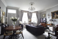 2 bed Ground Flat in Percival Terrace...