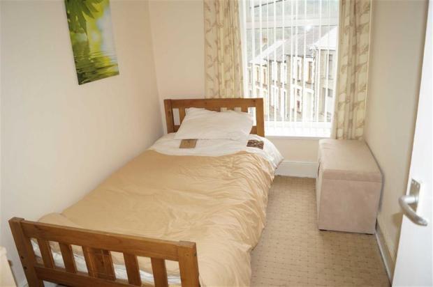 BEDROOM 3(FRONT)