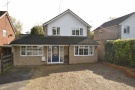 4 bedroom Detached house in Loddon Bridge Road...