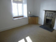 Maisonette to rent in Market Street, Ulverston...