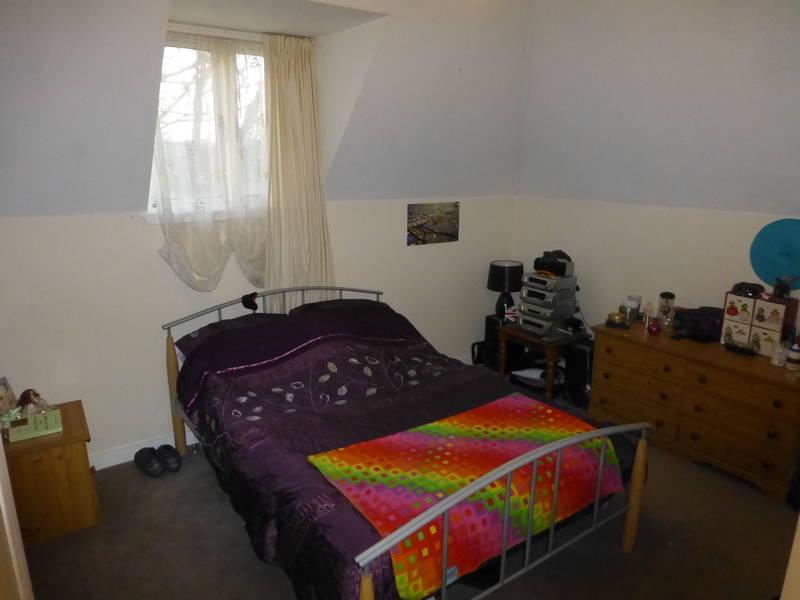 bedroom.a.jpg