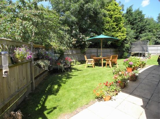 Sunny side gardens