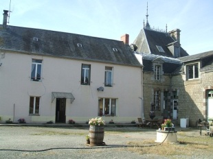 Detached home in Normandy, Orne, Domfront