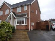 2 bed semi detached house in Warren Hill, Newhall...