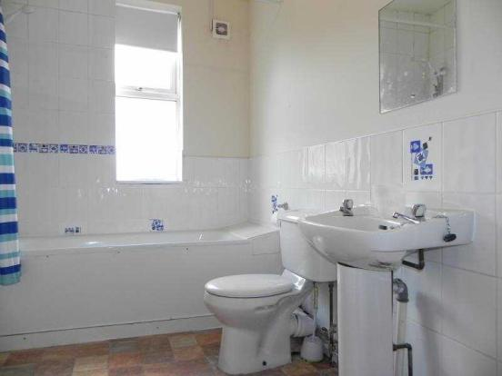 3 bedroom semi detached house for sale in maples street for M bathrooms nottingham