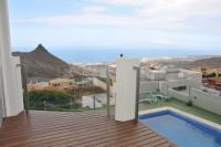 Villa for sale in Roque Del Conde...