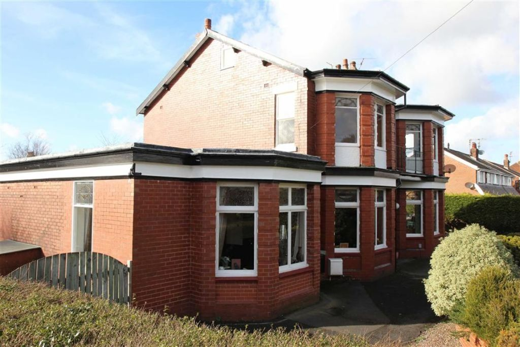 5 bedroom detached house for sale in cromwell road