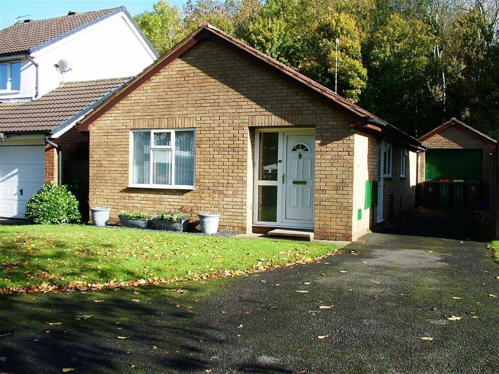 2 bedroom bungalow for sale in The Pennines, Fulwood, PR2