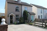 2 bed semi detached property to rent in New Haw