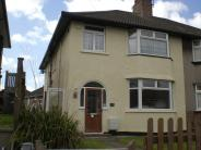 6 bedroom semi detached house in 105 Monks Park Ave