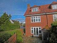3 bedroom Terraced house to rent in Frant...