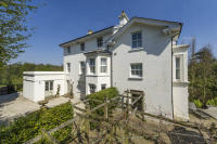 5 bed house for sale in Hungershall Park...