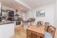 2 bed Flat to rent in Clapham Road, Sw9