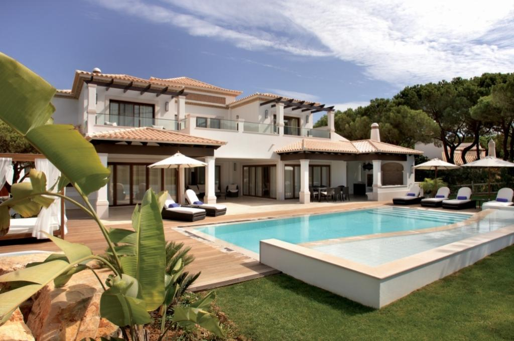 4 bed Villa in Albufeira, Algarve...