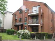 Apartment to rent in Bromley Road, Shortlands...