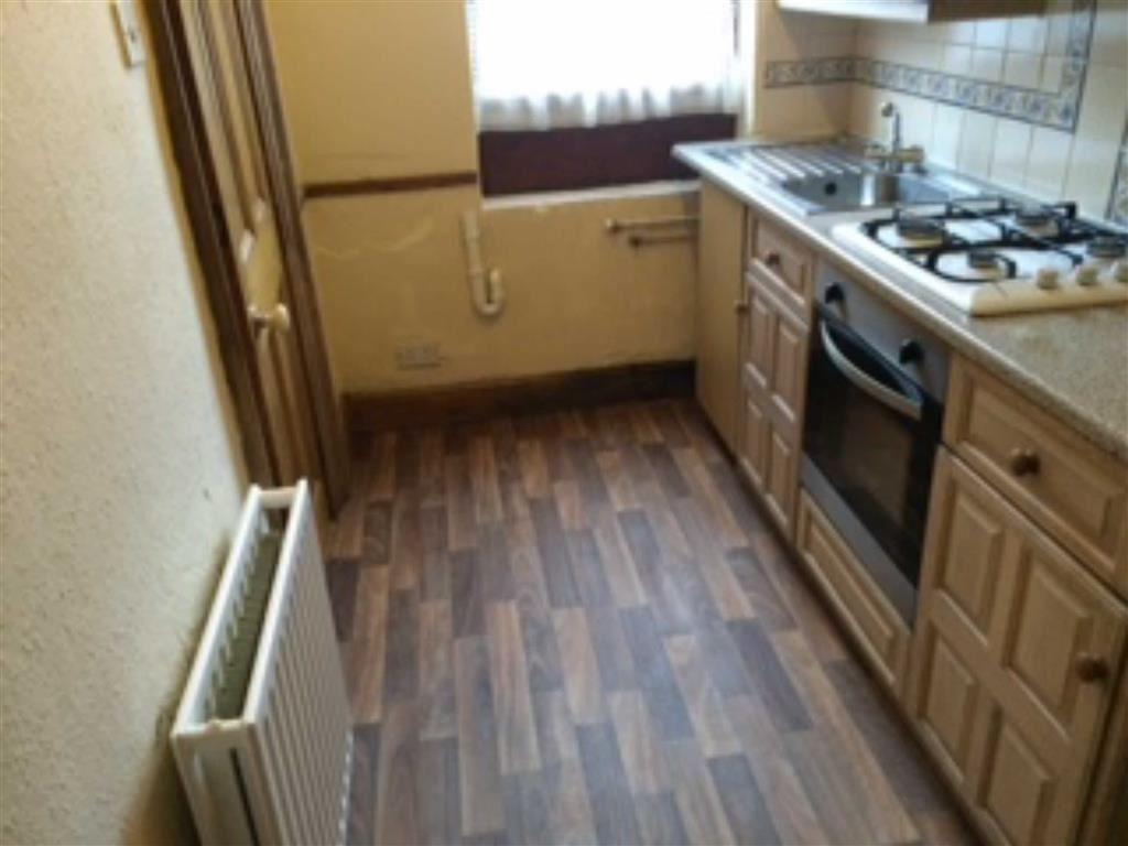 Bed House To Rent Birstall Batley