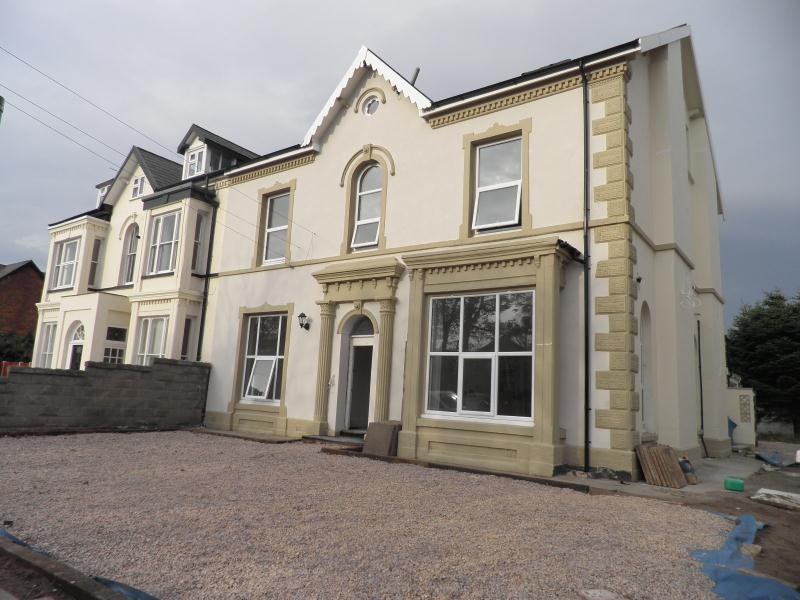 2 Bedroom Flat To Rent In 59 Brighton Road Flat 4 Rhyl Ll18 3hl Ll18