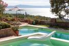 12 bed Villa in Passignano Sul Trasimeno...