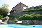 10 bed Hotel for sale in Castiglion Fiorentino...