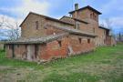 6 bed Farm House for sale in Castiglione Del Lago...