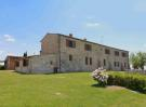 7 bed house in Asciano, Tuscany, Italy