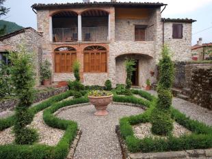 property for sale in Coreglia Antelminelli, Tuscany, Italy