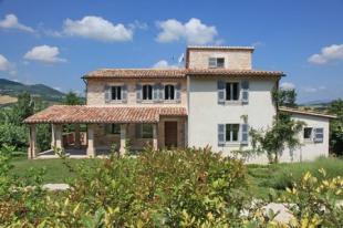 Farm House in Sassoferrato, Le Marche...