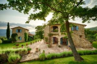 Farm House for sale in Umbertide, Umbria, Italy