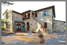 4 bed Farm House for sale in Chiusi, Tuscany, Italy