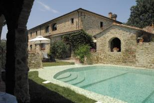 Farm House for sale in Arezzo, Tuscany, Italy