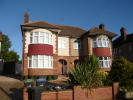 3 bed semi detached house in Saxon Way, London, N14