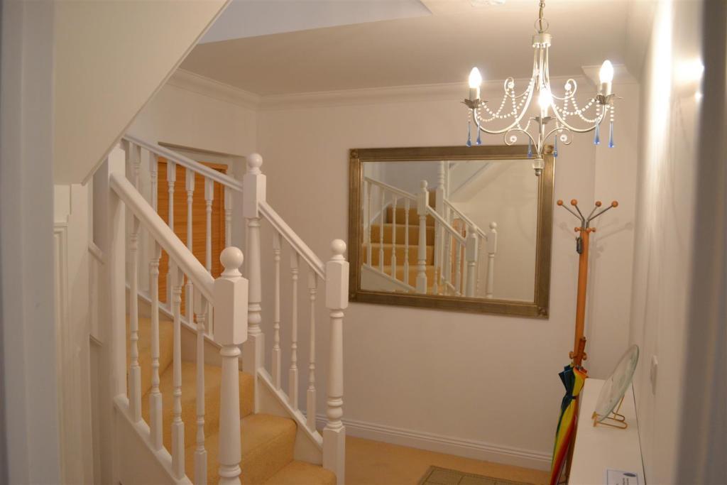 Stairwell & Landing