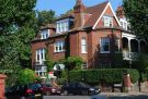 2 bedroom Flat in Queens Road, Muswell Hill