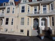 2 bed Flat in 18 Undercliff Road...