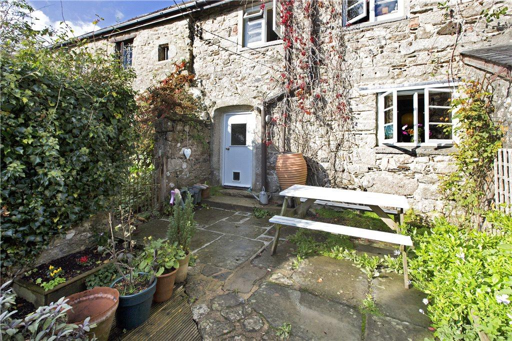 2 bedroom terraced house for sale in little cresson hayes