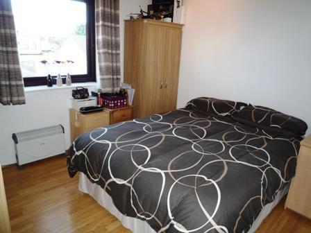 11 Manton Court bed1